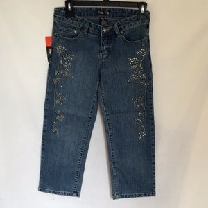 NWT Embroidered and Embellished Capris